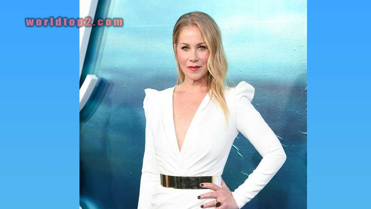 Christina Applegate Biography