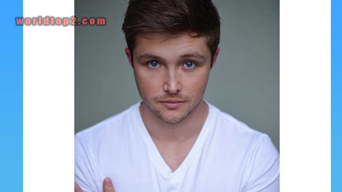 Sterling Knight Biography
