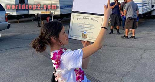 Jenna Ortega educational qualification